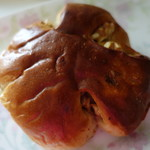 ボンジュール・ボン - くるみパン