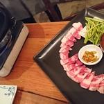 スパイステーブル - 霧島黒豚のサムギョプサル