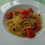 琥珀の森レストラン くんのこ - 有頭エビとトマトのスパゲッティ
