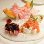 ラ・コメータ - 前菜盛り合わせ 1,400円