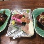 石松 - 「石松定食」の刺身と「金目鯛の煮付け」