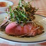 洋食勝井 - コールドビーフのピンク綺麗