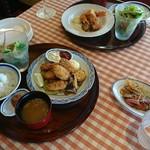 洋食勝井 - 今日の食卓(*^^*)