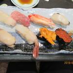 ニ幸 - 生特上寿司(たぶん)