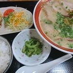 90028048 - チャーシュー麺定食