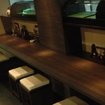 浪花屋 鳥造 - カウンター席も広く作っているので、常連さんにも人気があります!