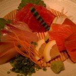 9003687 - 鮮魚のお刺身三種盛り合わせ(2時間飲み放題付9品3600円コース)