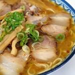 中華そば かわい - 料理写真: