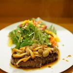 割烹ひがしおか - 阿波牛のステーキ