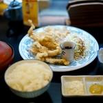 とよ常 - 料理写真:さっくさくのとり天定食