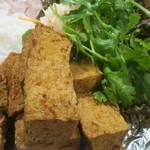 ハノイ - 豚肉と揚げ豆腐ビフン
