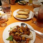 南国亭 - 酢豚と春巻き