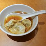 南国亭 - 雲呑スープ