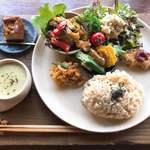 米day no.1 - 肉も魚も使わないヘルシーランチ。