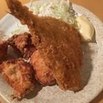 yakitoriaburiyakiodori - アジ&鶏のから揚げ