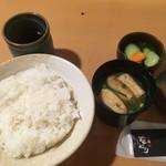 yakitoriaburiyakiodori - ご飯たっぷり
