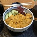 まさる - ウニ丼1600円