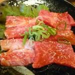 お肉屋さんの焼肉 まるやす - 焼肉定食1,000円