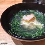 日本料理 e. - 螺貝と汲み上げ湯葉の椀