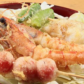 串で揚げた熱々の天ぷらをどうぞ◎100%精米こめ油を使用!