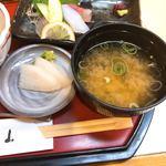 香季稜 深山 - お味噌汁とお漬け物