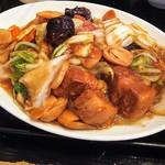 海華 - 豚角煮、八宝菜炒め定食780円税込
