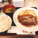 おきらく食堂 - ♦︎ハンバーグ定食200g 1,050円(税込み)