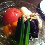 9006657 - 夏野菜とつくねの冷やしおでん 750円