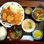 味っ子 - 料理写真:日替りのカラコロ定食