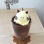 Brew Me! COFFEE & TEA TAKAMATSU - ドリンク写真:コーヒーフロートにゃん