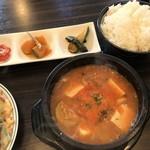 韓国厨房 尚州本店 - 海鮮豆腐チゲ定食
