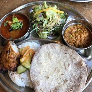 カルマ - 南インド風チキンカレー&キーマ