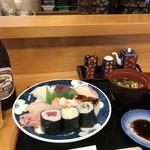 寿司竹寅 - 盛合せのセット1000円(税別)です(2018.7.30)