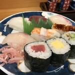 寿司竹寅 - 握り4貫、箱2貫、巻き3貫です(2018.7.30)