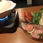 海鮮個室居酒屋 みや田 - 鮮魚のしゃぶしゃぶは金目。夏の鍋も好きでーす。
