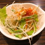 びっくりドンキー - ランチのサラダ