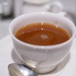 ジュリス ティールームス - 紅茶(こうちや)に牛奶(うしのちゝ)