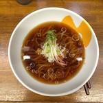 拳10ラーメン - (今月の限定)焼きアゴ煮干し冷しかけそば(醤油) 750円 昼/夜 各10食限定