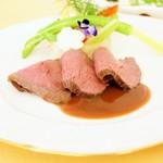 レストラン アオヤマ - 国産牛ローストビーフ