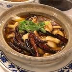 重慶飯店 - 水煮魚片(白身魚の山椒辛子煮込み)