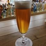 BAR i.o - クラフトビールの飲めるバー