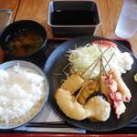 串かつ でんがな - 串かつ7本のA定食¥780-