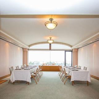 ●最大60名様まで利用できる個室宴会場