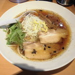 中華そば いちかばちか - 料理写真:醤油