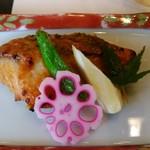 彩かさね - 焼魚 鯛の西京味噌焼き