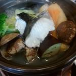 彩かさね - 鰆と浅利の塩ちゃんこ鍋