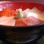 90089581 - 海鮮五種丼