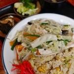 富士食堂 - 料理写真:鶏あんかけチャーハン