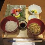 百膳 - 旬魚お造り膳@2800円(税抜き)