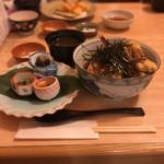 京かんざし - えびとあなご天ぷら盛り合わせ丼